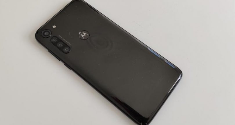 motorola moto g8 power design