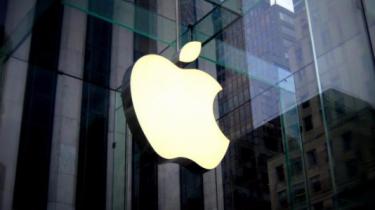Regnskab: Apples iPhone-salg falder – tjenester vokser