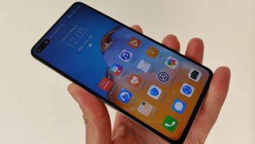 Trump forlænger sanktioner mod Huawei til maj 2021