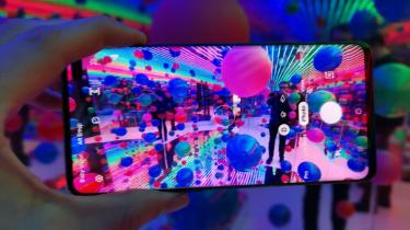 Samsung lover tre års opdateringer til premium-telefoner