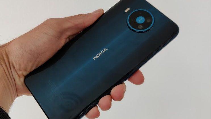 Test af Nokia 8.3 – ikke meget superagent over den