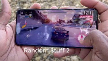 Anmeldelse af Samsung Galaxy S21 Plus på video