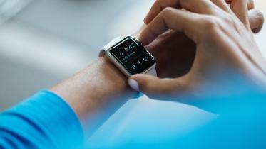 Covid-19 sætter fart i salget af wearables i 2021