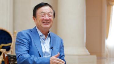 Huawei-CEO med hatten i hånden: Håber USA vil samarbejde