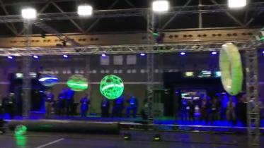 """Drone soccer / quiddich – droner kan også bruges til """"boldspil"""""""