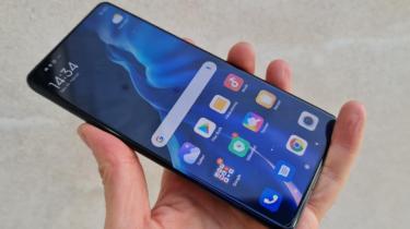 Første indtryk og test af Xiaomi Mi 11 – premiumkvalitet til god pris
