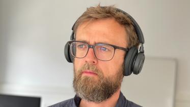 Anmeldelse af Beoplay HX – også godt headset til hjemmekontoret
