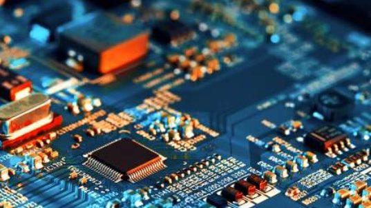 Intel og Qualcomm indgår aftale om chip-produktion