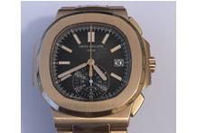 Orologio con cassa e cinturino in oro rosa 18 kt. marca Patek Philippe, automatico, ...
