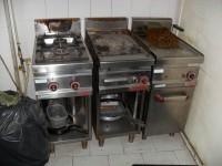 N.1 Piccola cucina a gas in acciao marca ''Berto's''