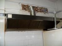N.1  Cappa per aspirazione in acciaio di circa 2 metri di lunghezza con targhetta con ...