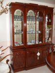 N.1 Vetrina in legno con 4 ante in vetro nella parte superiore e 4 ante in legno nella ...