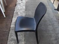 Stock di tavoli e sedie