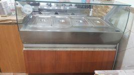 Vetrina scaldavivande a 4 vasche, in acciaio e legno laccato