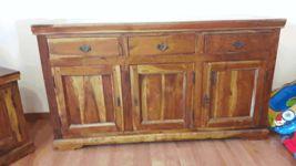 Credenza in legno rustico