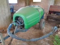Atomizzatore agricolo trainate per trattore, portata 1000 litri
