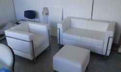 Stock di mobili e macchine per ufficio