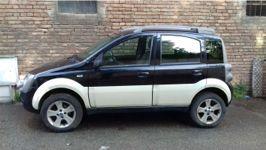 Autovettura Fiat Panda 4X4