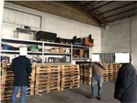 Stock arredamento ufficio, apparecchiature professionali e rimanenze di ...