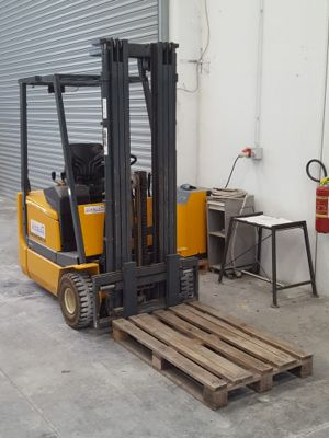 Mobili Stock Udine.Telematics Auction Stock Forklift Professional Equipment And