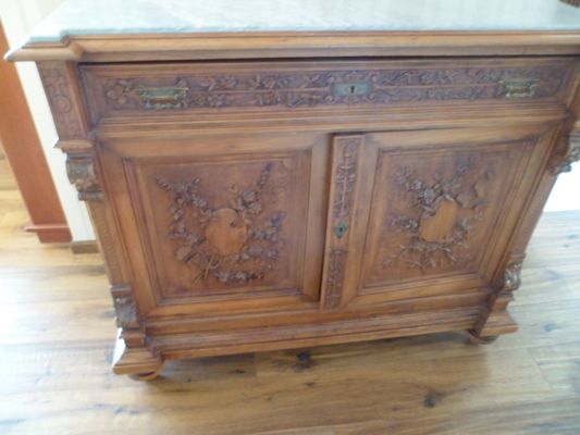 Stock arredamento d 39 antiquariato doauction for Arredamento d antiquariato