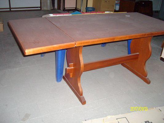 Asta telematica tavolo da cucina in vendita doauction - Vendita tavoli da cucina ...