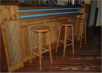 Sgabelli alti in legno