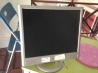 Monitor marca HP da 17