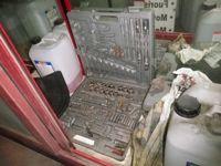 Stock di attrezzature per officina di pneumatici