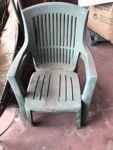 N.2 sedie da giardino in plastica verde