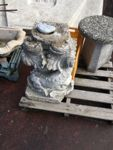 N.1 fontana in cemento (base + vasca)