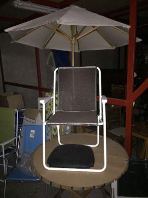 Vendita Sdraio Da Spiaggia.N 10 Sedie Per Mare N 1 Tavolino Rotondo In Legno N 5 Assi Da