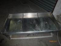 Vasche neutre in acciaio inox divise in tre ambienti con tre scarichi distinti