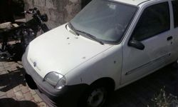 Autocarro Fiat 600