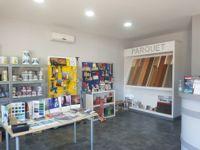 Stock di arredi interni abitazione +  arredi ufficio + Materiale edilizio