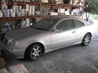 Autovettura Mercedes clk 320