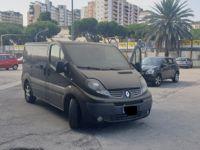 Stock autoveicoli furgoni trasporto persone 8 e 9 posti