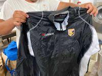 Stock abbigliamento sportivo