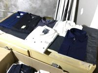 Stock capi di abbigliamento uomo/donna + Arredamento negozio