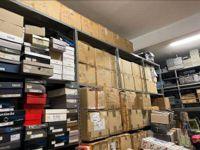 Stock calzature composto da n. 5.054 paia di calzature interamente identificate e ...