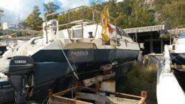 Imbarcazione usata trimarano nome PHOENIX, con albero e vele smontate
