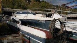 Imbarcazione usata trimarano Nome Andromeda, con albero e vele smontate