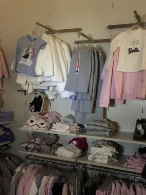 Asta Telematica Stock capi di abbigliamento bambino felpe in vendita ... fb62b2ea572