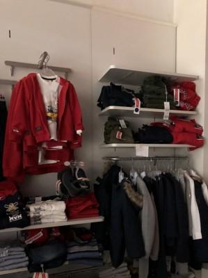 Asta Telematica Stock capi di abbigliamento bambino Giubbotti e Giubbini in  vendita  1c049974e8a
