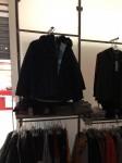Stock arredamento ed attrezzature per negozio di abbigliamento