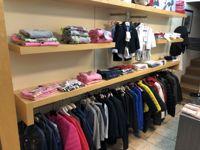 Stock di abbigliamento firmato (Armani, Versace, Alviero Martini, Burberry)