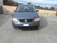 Autovettura Volkswagen Touran