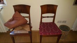 2 letti, 2 applique, 2 sedie, lampadario