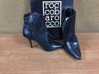 Stock costituito da N.33 paia di scarpe per donna di varie marche, misure e modelli