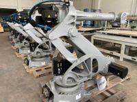 N.10 ROBOT COMAU - QUADRO ELETTRICO - MACCHINARI A CENTRALE NUMERICO - LOTTO UNICO
